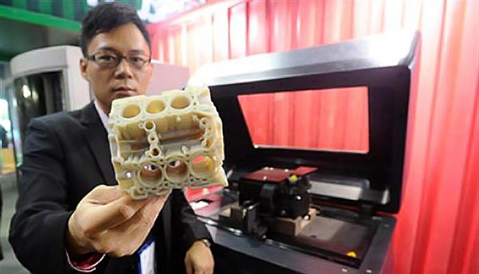 Chinese 3D printer for producing spaceship parts