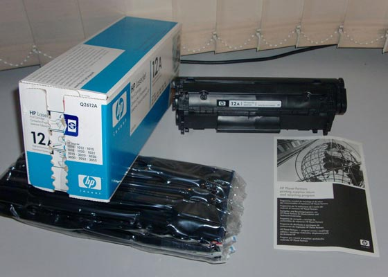 Contents of original toner cartridge box