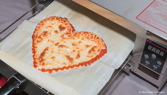 pizza-heart-shaped